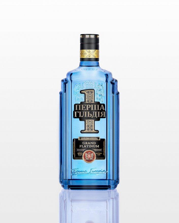 Фотосьемка для ПЕРША ГІЛЬДІЯ фото бутылок